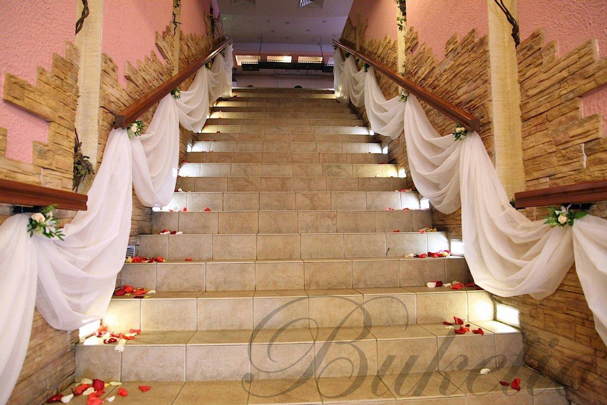 Оформление лестницы фото