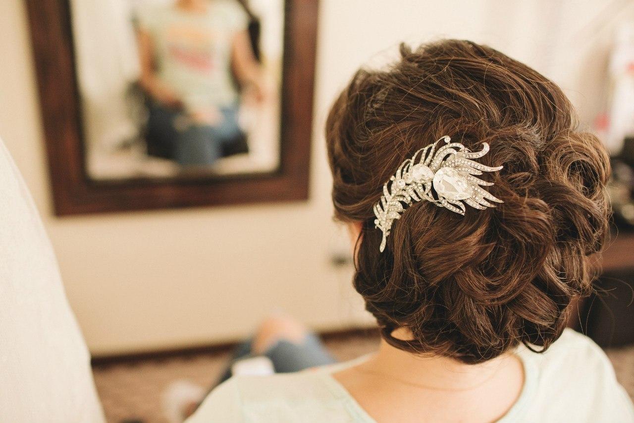 Собранные прически на средние волосы для прекрасных 16