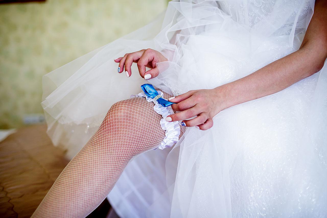 Фото невест в колготках, Голые невесты фото - обнаженные девушки на свадьбе 26 фотография