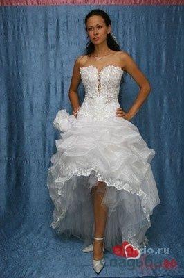 Белое короткое свадебное платье со шлейфом.  - фото 4 Невеста01