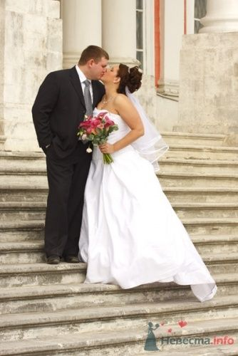 Фото 110 в коллекции Свадебные фотографии - Невеста01