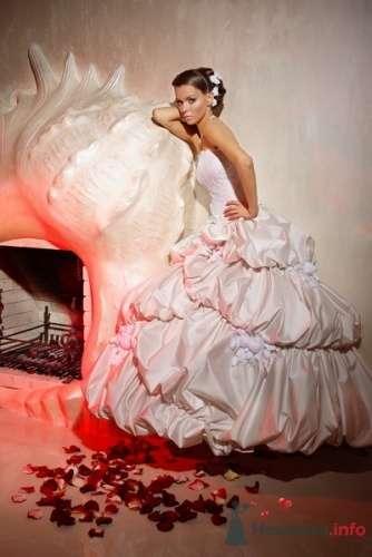 Фото 19616 в коллекции Свадебные и вечерние платья - Невеста01