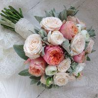 Букет невесты свободной формы