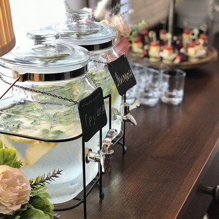 Горка шампанского и шоколадный фонтан + в подарок лимонадный бар!