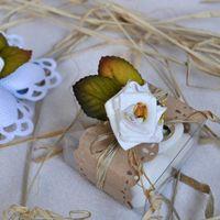 Бонбоньерка коробочка Рустик с текстильным цветком