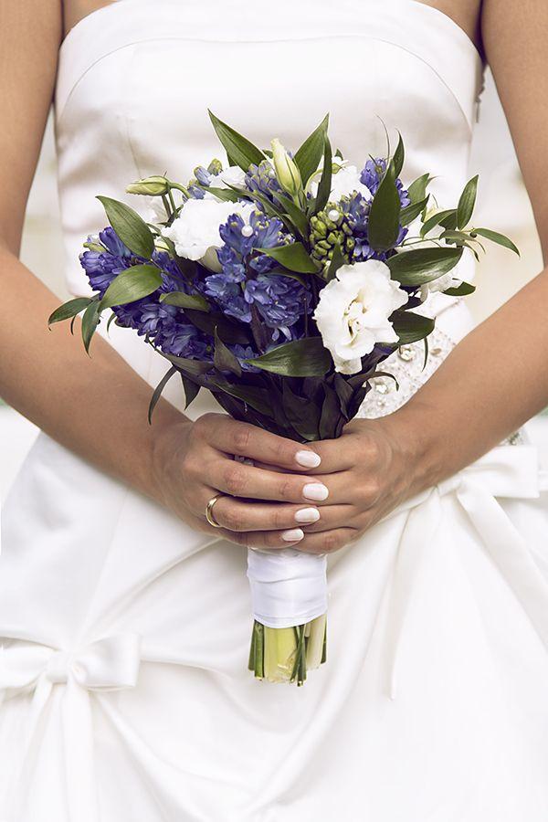 Букет невесты из гиацинта белого