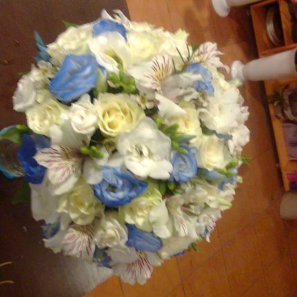 Букет невесты в небесном тоне