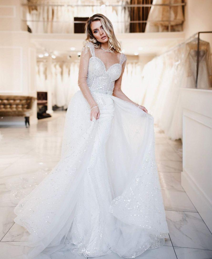 Нежное платье в пол с пышной юбкой