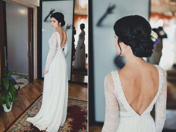 Прическа под закрытое платье фото