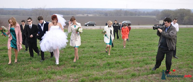 Прогулка в поле - фото 101574 Невеста01