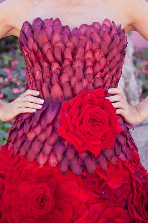Картинки платья из живых цветов