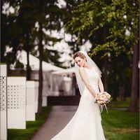 Невеста в элегантном платье