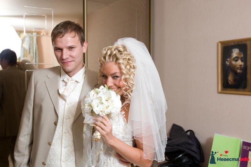 Фото 90147 в коллекции Букет невесты, подружек, и бутоньерка жениха! - Невеста Настенька
