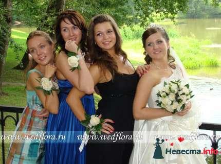 Фото 90198 в коллекции Букет невесты, подружек, и бутоньерка жениха! - Невеста Настенька