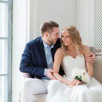 свадебная фотосессия в студии, свадьба осенью, стильная свадьба, фотостудия роял, диадема