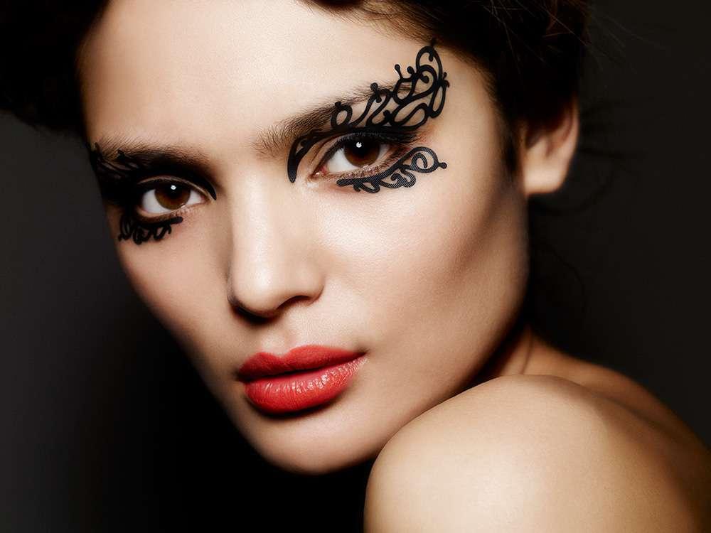 макияж с узорами фото словами