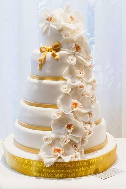 Многоярусный свадебный тортик - фото 3623533 Свадебные торты от Наталии Аржаковой