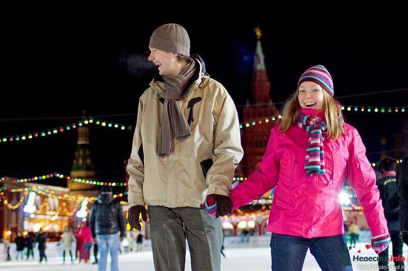 Фото 83863 в коллекции Зимняя лавстори, ГУМ-каток - Свадебные фотоистории от Андрея Егорова