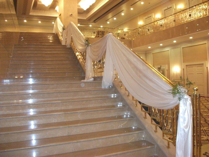 """оформление лестниц - фото 805535 Свадебное агентство """"Кураж"""""""