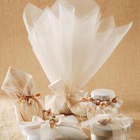Свадебный декор и подушечка для колец в бежевых тонах