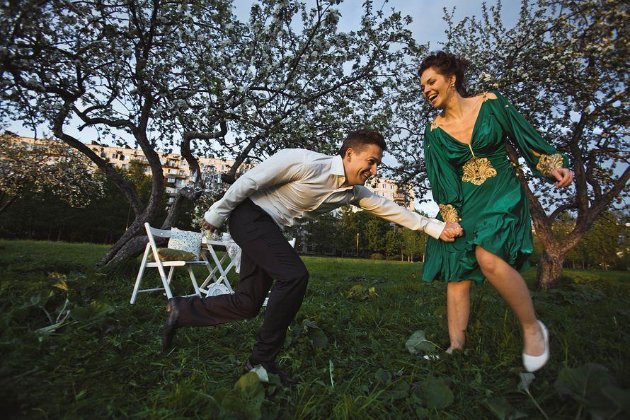 Фото 1934921 в коллекции Весенняя LoveStory в яблоневом саду - Свадебный фотограф Анна Алфёрова