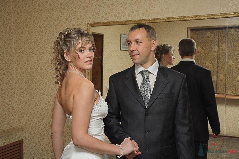 У зеркала - фото 75160 Свадьбаяро - свадебные услуги
