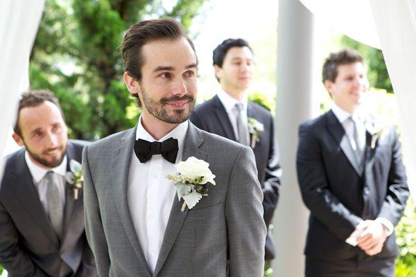 Прическа жениха на свадьбе