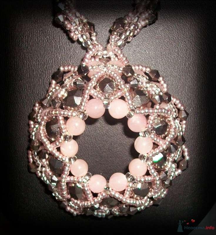 Подвеска из бусин и камней (розовый кварц). Чешский бисер - фото 79288 Невеста01
