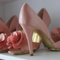 Свадебные туфли от компании VivaBride купить в Москве цветные свадбные туфли Badgley Mischka, заходите на наш сайт