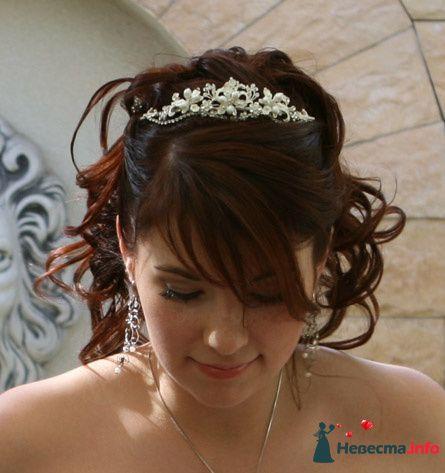 Прическа, диадема, макияж - фото 113061 A_mi
