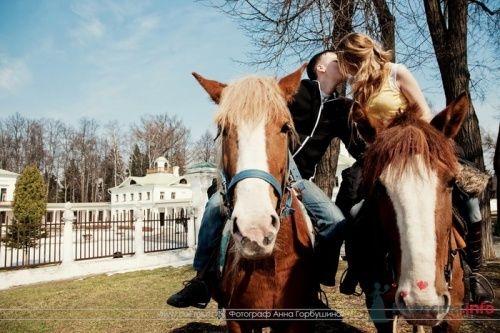 Фото 20335 в коллекции Настя и Саша. 12 апреля 2009. Бал молодых семей в Середниково - Анна Горбушина - фотоагентство SunStudio