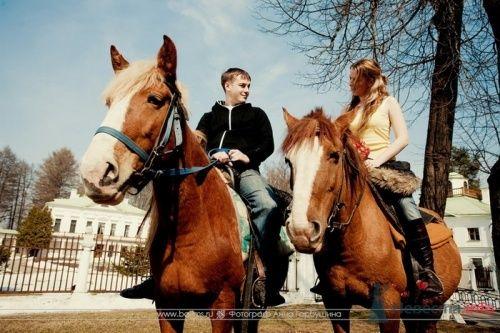 Фото 20336 в коллекции Настя и Саша. 12 апреля 2009. Бал молодых семей в Середниково - Анна Горбушина - фотоагентство SunStudio
