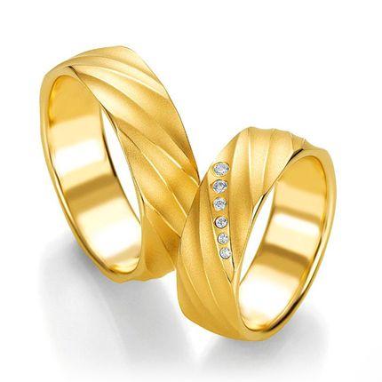 Широкие обручальные кольца на заказ из желтого золота