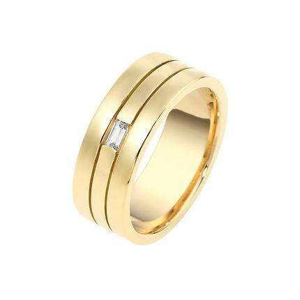 Обручальное кольцо из жёлтого золота на заказ