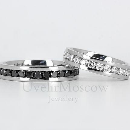 Обручальные кольца из платины с бриллиантами (арт.3525)