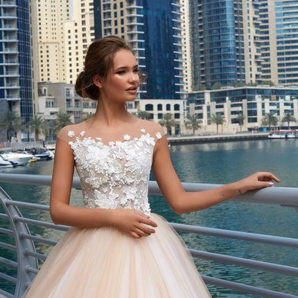 Свадебное платье Беттери Ланеста