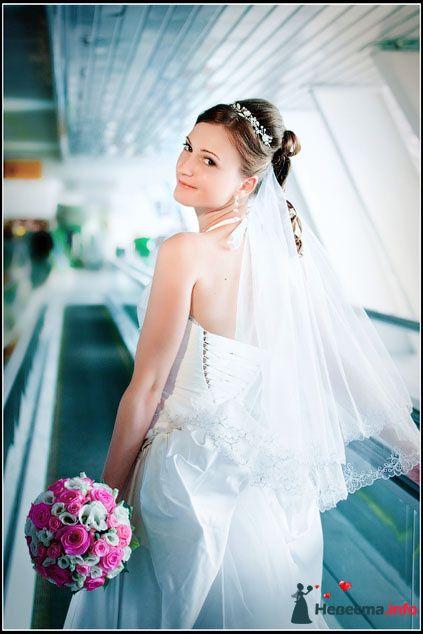 Фото 81837 в коллекции Свадебная фотосъёмка - Невеста01