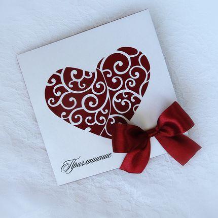 Свадебное приглашение с резным сердцем