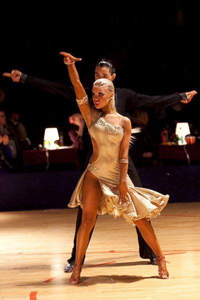 golie-latinoamerikanskie-tantsi