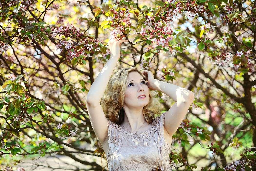 также пример фотосессии и цветущих садах узнать, кто