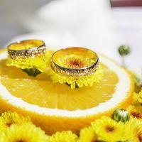 Цветочно-лимонная подушечка для колец на цитрусовой свадьбе Дмитрия и Людмилы