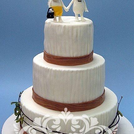 Авторский торт с фигурками ручной работы