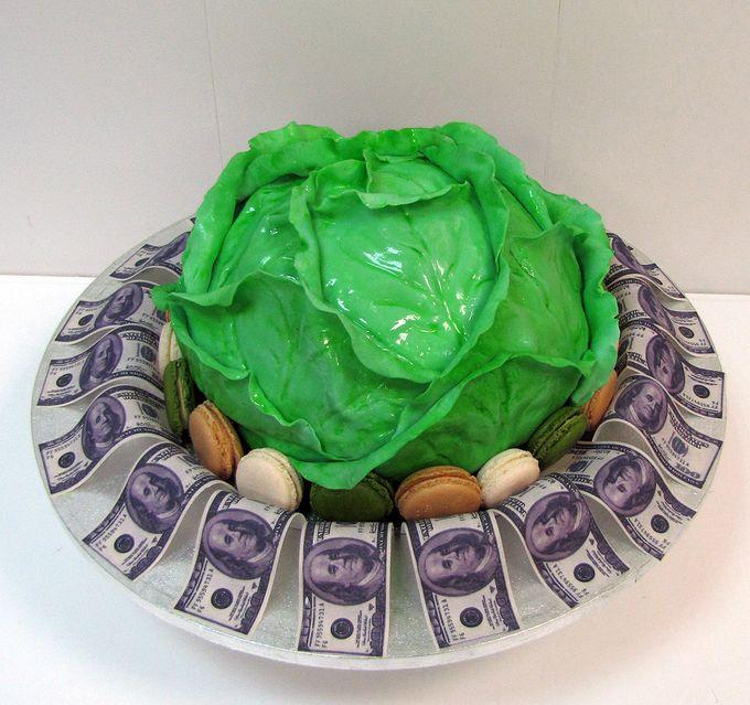 """Оригинальный торт """"Кочан капусты"""", доллары - фотопечать.Кондитерская СВИТ МЭРИ. Бесплатная дегустация. Цены на сайте."""
