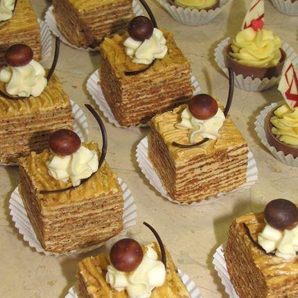 Натуральные пирожные