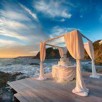 вы, ваша любовь, море, скалы...
