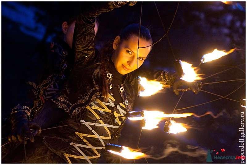 Свадебное огненное шоу - фото 124385 Световое и огненное шоу - Extravaganza show