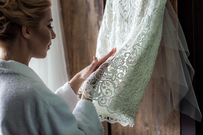 Свадебное кружевное маленькое платье. Детали.