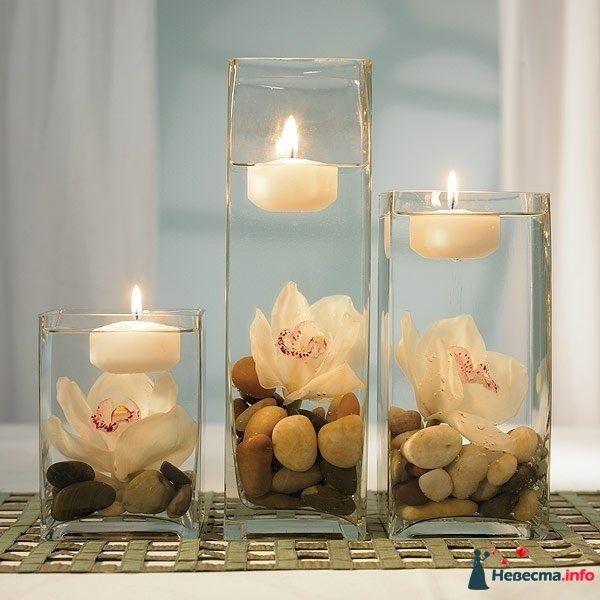 Орхидеи в прямоугольных вазах с галькой и свечами.  - фото 90769 Missy