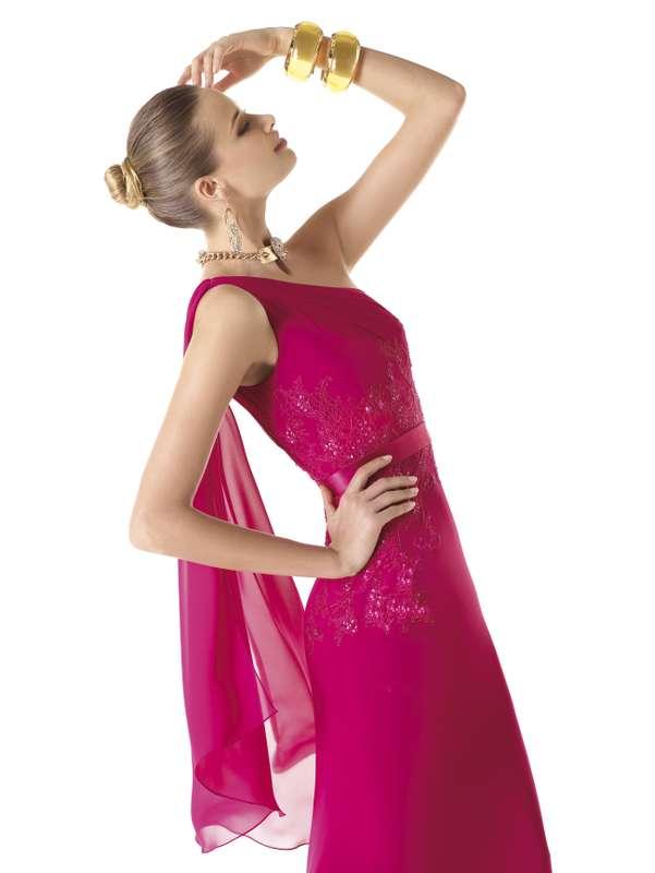 """Подружка невесты, на свадебной церемонии,  одетые в тематику самой церемонии,  а именно в платьях розового  цвета - фото 1068815 Бутик эксклюзивного платья """"Persona"""""""