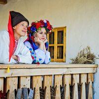 Фотосессия в украинских костюмах